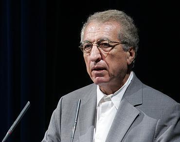 دکتر حمید مولانا